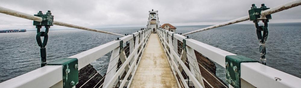 sea-ocean-bridge-cloudy-36365_1920x561px_web
